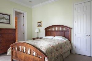 bedroom-389259_960_720