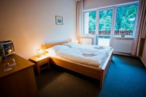 hotel-1191709_1280