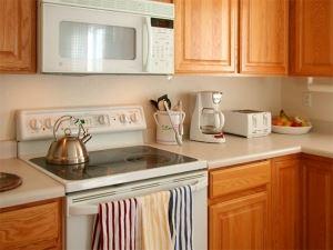 kitchen-1300786-m