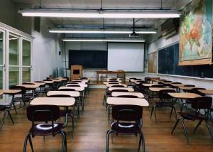 classroom-2093743_1280