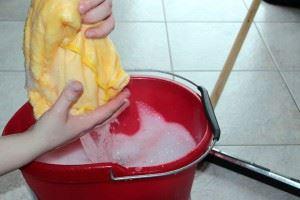 putz-bucket-1290940__480