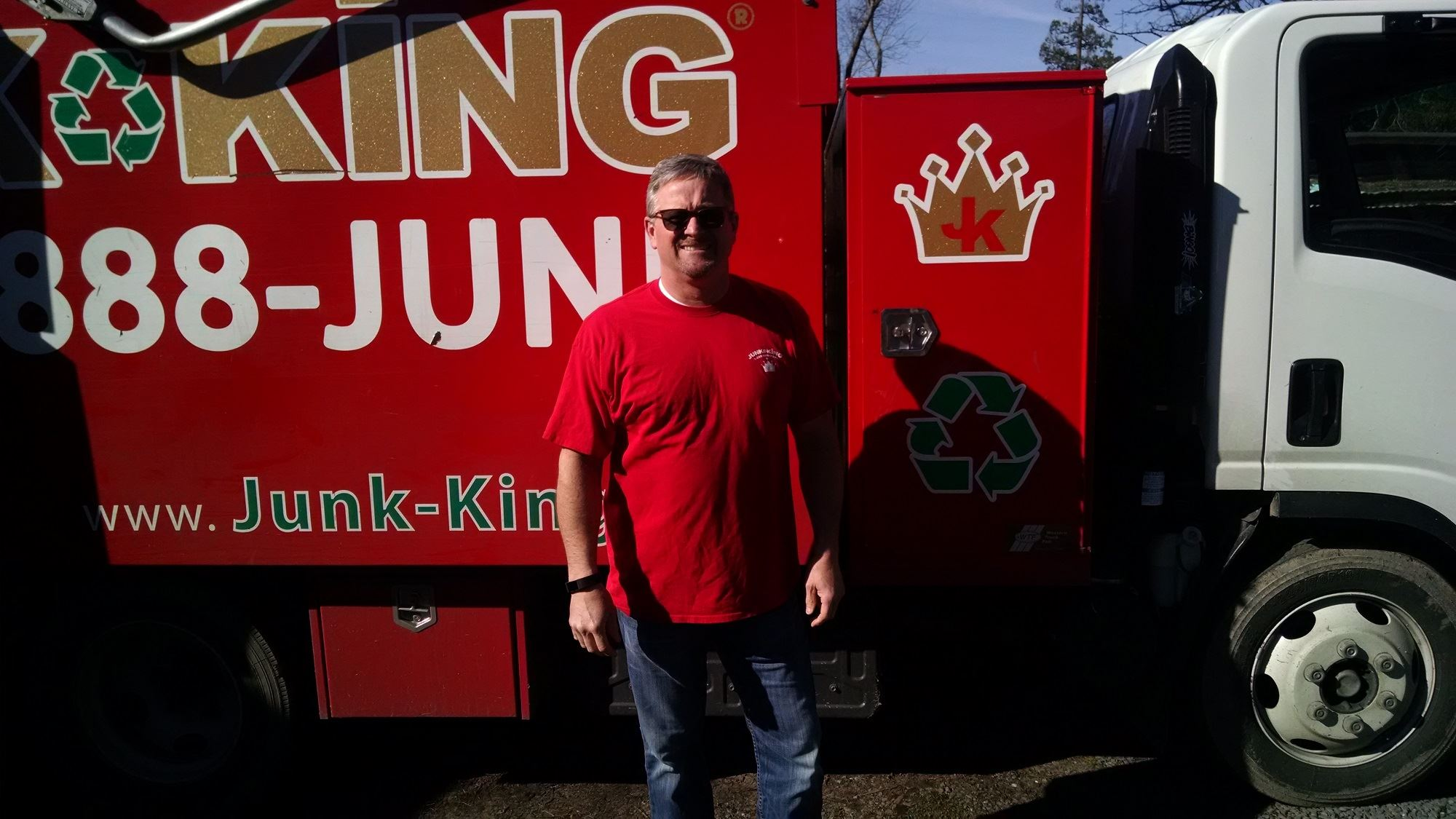 Junk King Franchise Owner, Matt Verga and Maggie Verga.