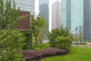 Corporate Landscape and Buildings