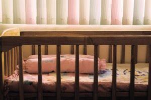 empty-crib-1176307
