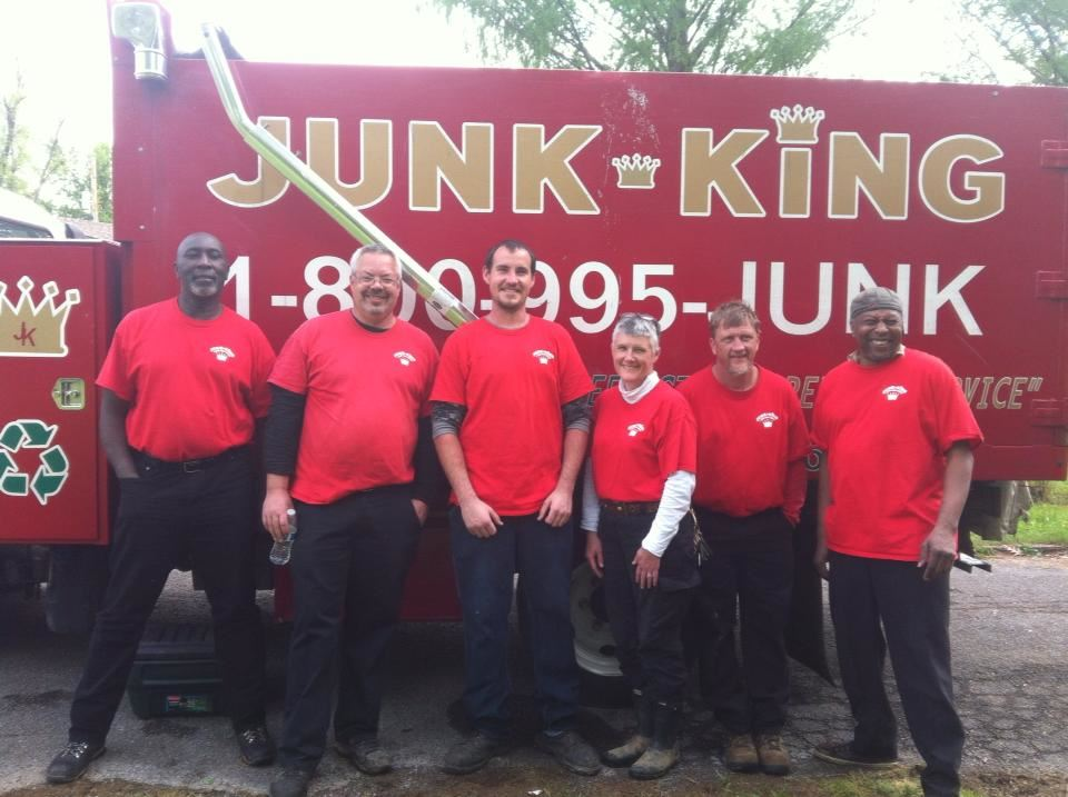 Junk King Franchise Owners,  Robert and Caryn Hatcher.