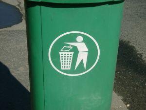 green-recycle-bin-1594-m
