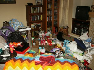 Untidy_living_room_after_unwrapping_gifts