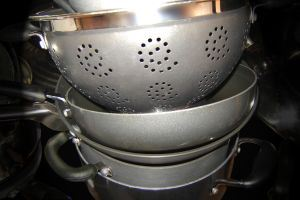 pots-and-pans-652053-m