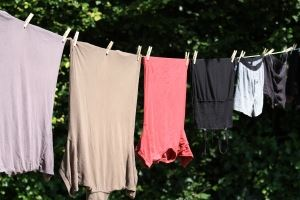 clothes-drying-on-line-1430331-m