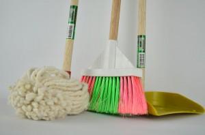 broom-1837434__480
