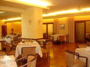 empty-restaurant-1442465