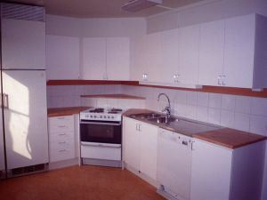 kitchen-485333-m