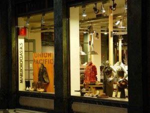store-s-windows-1456081