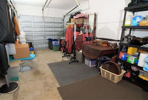 Clean and junk free storage garage