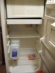 Empty_refrigerator