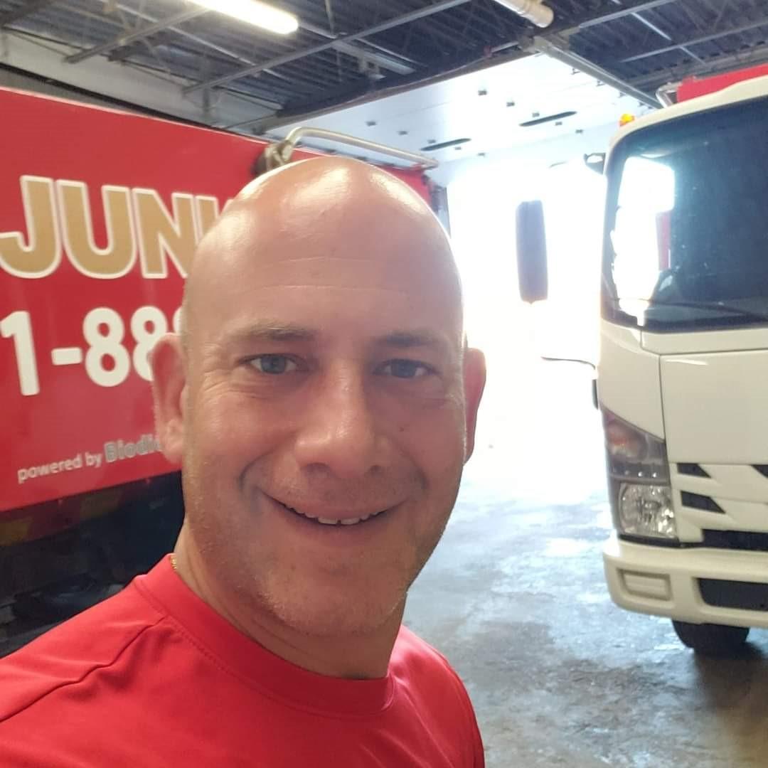 Junk King Franchise Owner,Henry Vercillo.
