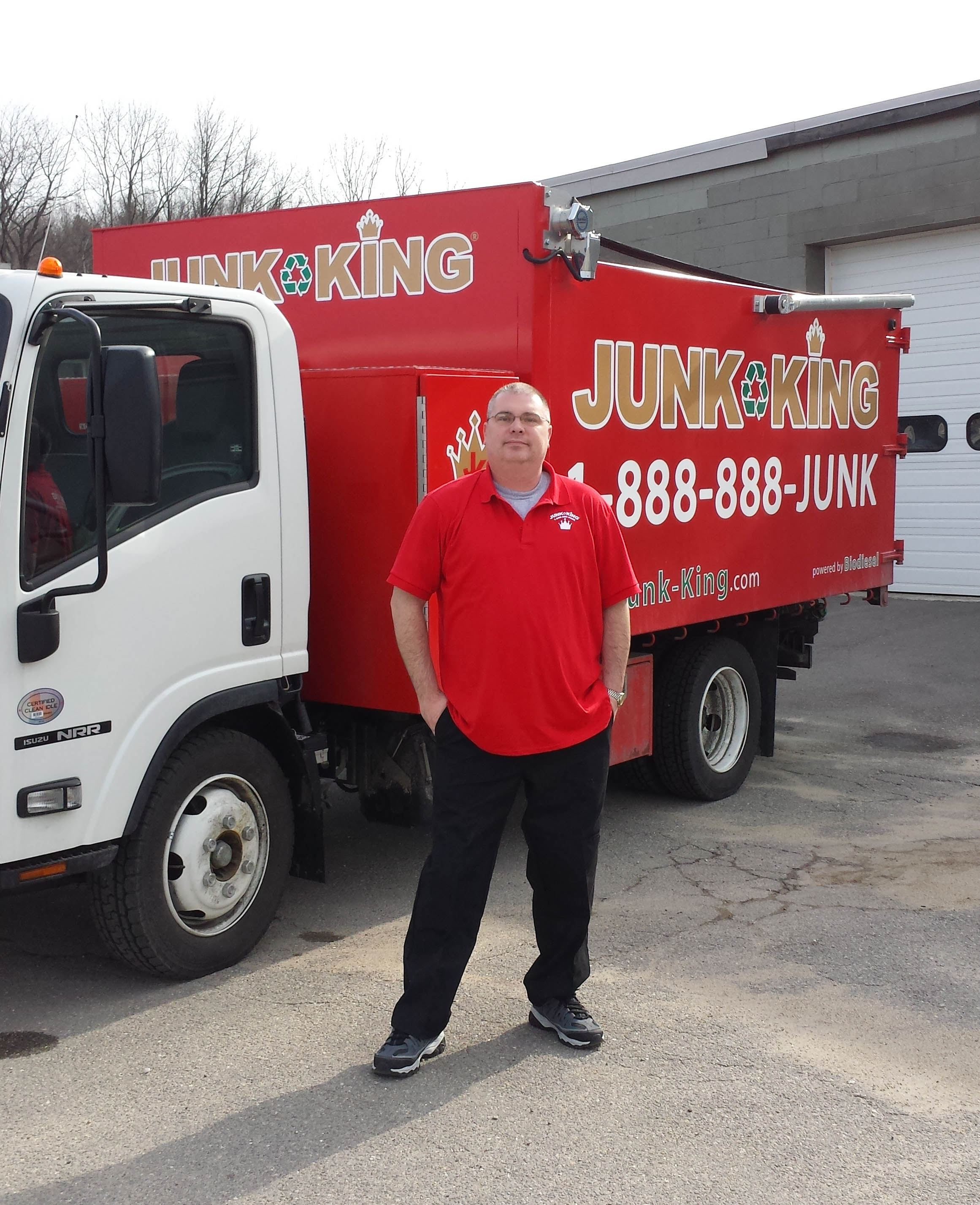 Junk King Franchise Owner,  Tom Indge.